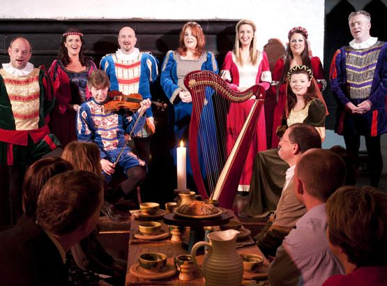 Medieval actors at Bunratty Banquet